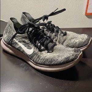 Nike Free RN Flyknit Shoe